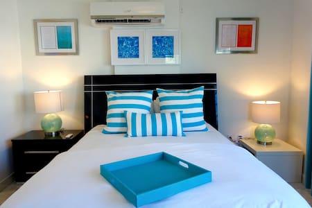 SOBE Bright & Cozy Corner 2 min Beach & Ocean Dr - Miami Beach - Kondominium