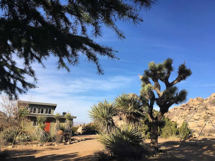 Rancho Rockotillo - Breakfast in the Boulders!