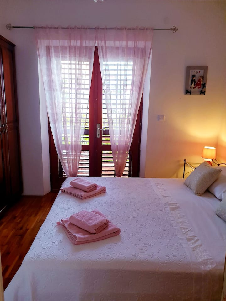 Comfort apartment with balcony for 2 or 3 people