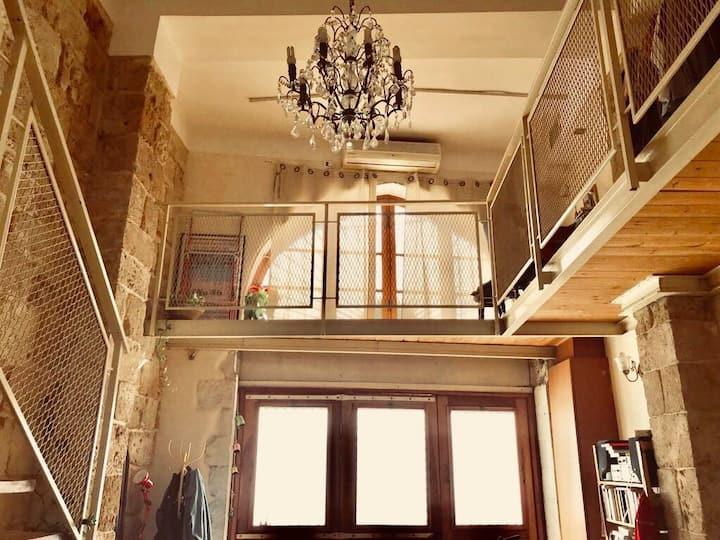 Tel Aviv-Yafo Cozy Mezzanine Loft