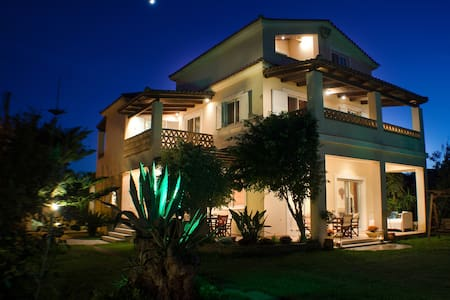 Sea Breeze Villa - Planos