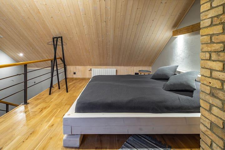 Apartment 71 BG
