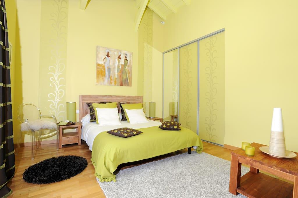 Maison d 39 h tes chorikanta chambre elaia chambres d 39 h tes for Chambre d hotes aquitaine