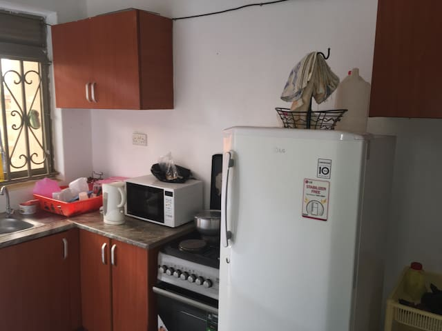 Amazing 1 Bedroom and sitting room - Najjera - Casa