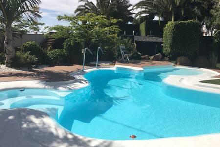 """""""Casa Carolina"""" Casa de invitados acceso a piscina"""