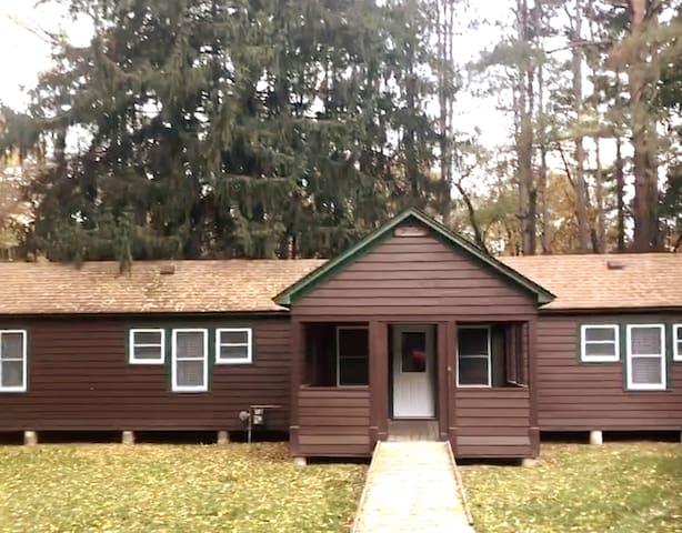 Summer Camp Cabin at Camp Whitcomb/Mason - Lynx