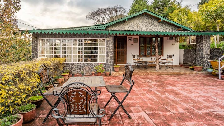 Heavenly Room   7 mins from Bhimtal Lake