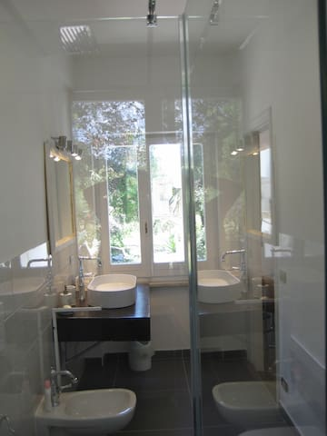 B&B S.Martino 30 - Camera Matrimoniale con bagno