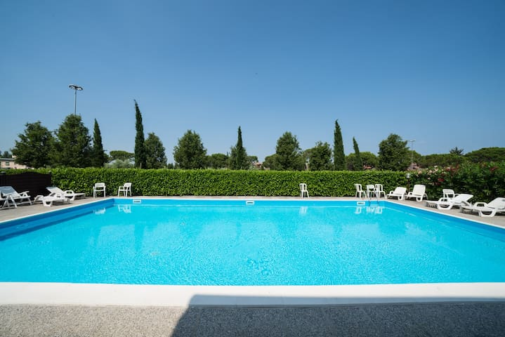 Bright Apartments Sirmione - Sorgente Pool 12