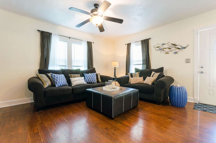 Clearwater Escape 2br Beach Cottage - Clearwater - Huis
