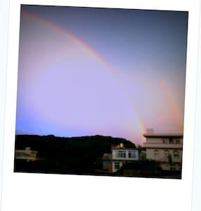 寄居謝教授裝置藝術的家 臺北 淡水三芝 東北角白沙灣沙灘 海景 小別墅