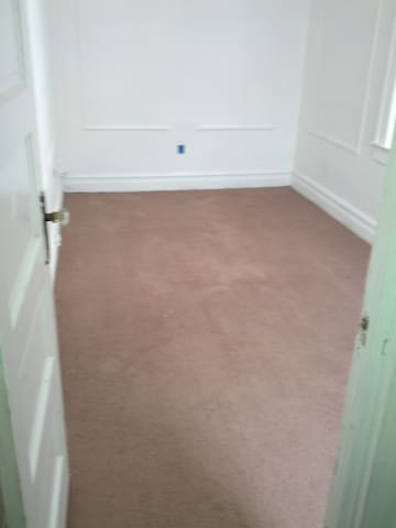 1 room in a two bedroom - Newark - Wohnung