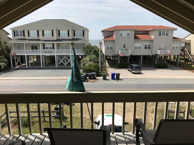 Beachhaven - Cute One Row Back Beach Getaway!