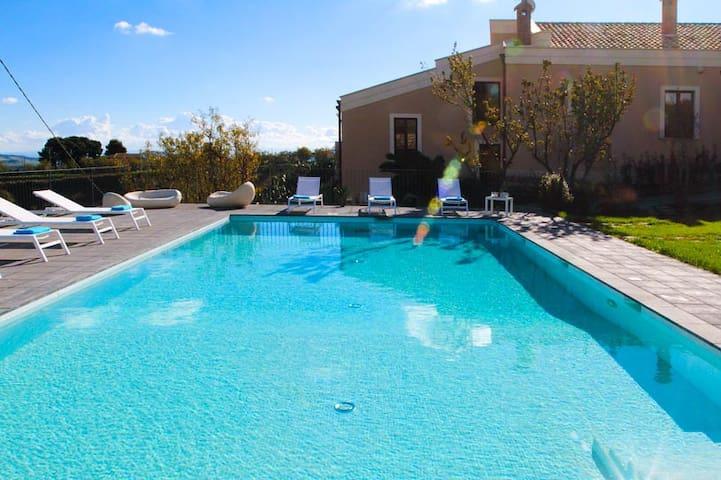 La Vecchia Dimora Resort - Centuripe - Villa