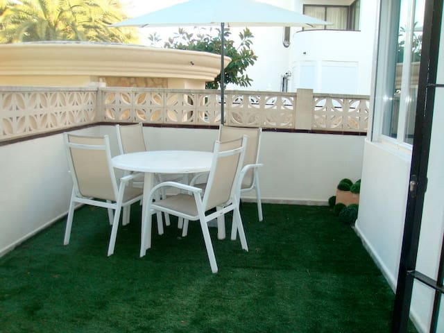 Apartment with big terrace - Denia - Apartamento