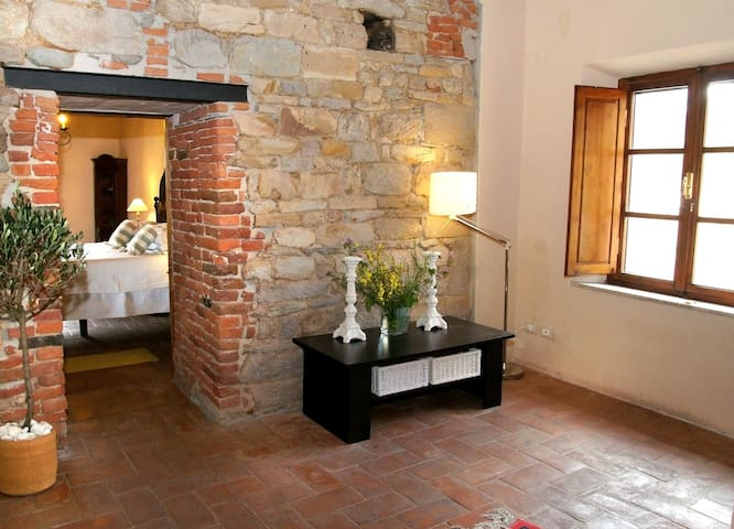 Casa Colomba - Romantic Medieval tower house - Vicopisano - Huoneisto