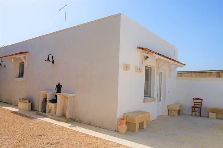 Casa luminosa e confortevole a 10 minuti dal mare