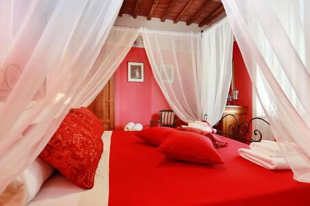 Charming apartment in Villa Orsucci - Orentano
