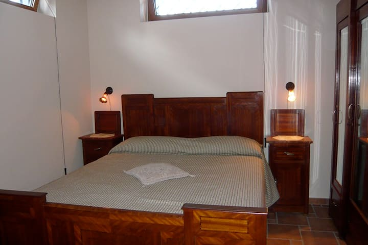 Meditative, private rooms, 1 hour from Rome. - Frasso Sabino - Hus