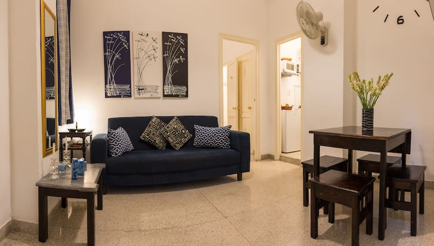 Cozy independent apartment in Old Havana