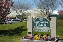 We are less than 10min walk to Northside Park that has baseball fields, soccer fields, fishing/crabbing piers, walking paths, playgrounds and more!