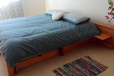 Comfortable room near Faro Airport & Algarve Univ. - Montenegro