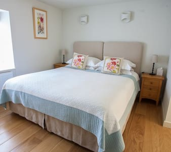 Trencrom Luxury Suite - Penzance - Bed & Breakfast