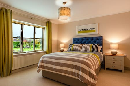 Bramble Lodge Bed & Breakfast, Blakeney: Avocet
