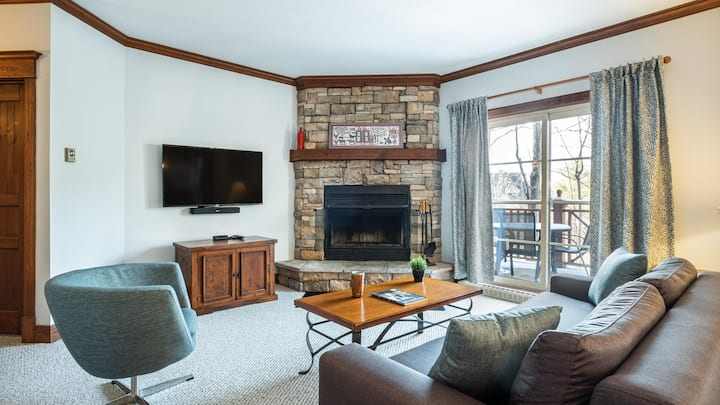 Charming Condo with Ski In Ski Out Access