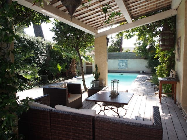 Exceptional Villa, close to the Sea - Sausset-les-Pins - Villa