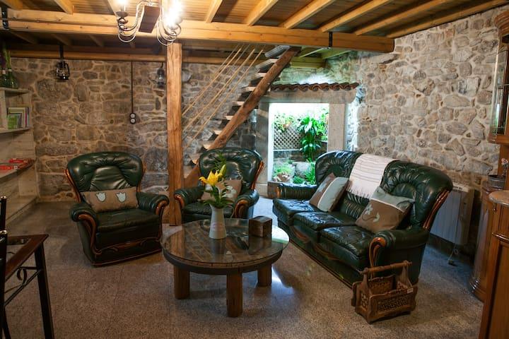 Casa do Vinculeiro: O Sangriñal