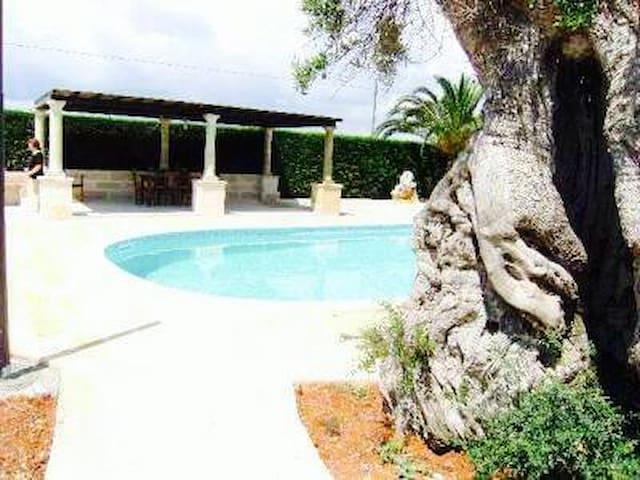 Rustico con piscina privata - Corsano - Casa