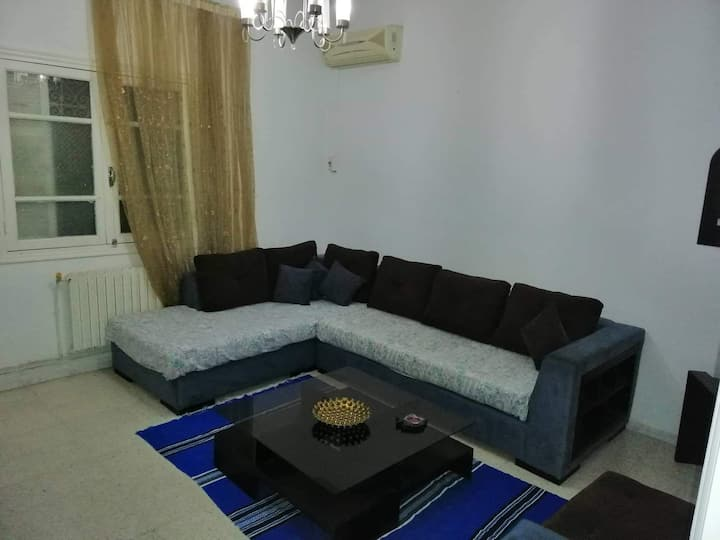 A modern cozy apartment 10 mins from the airport