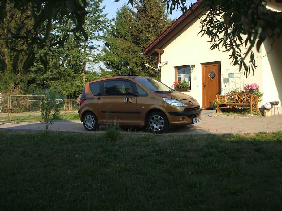Parkplatz vor der Haustür