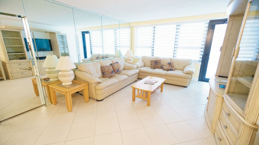 Deluxe Two Bedroom on Millionaire's Row 1AX2EAG - Miami Beach - Kondominium