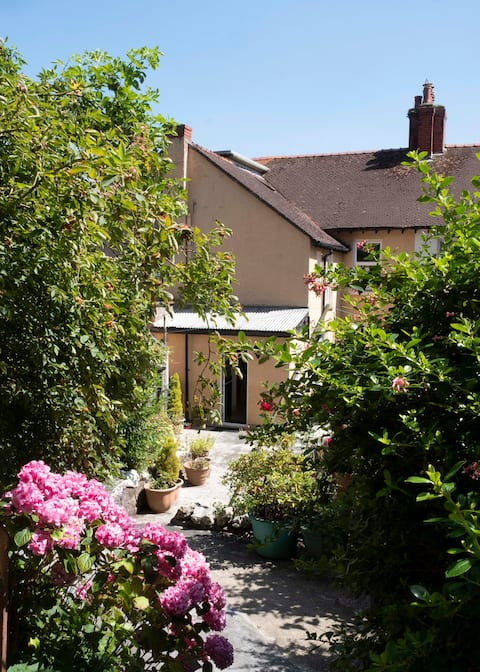 Quarryman's Cottage *FULL REFUND DURING COVID19*