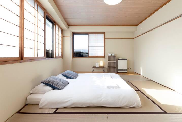 Nozawa Onsen triple room 3 minute walk to ski