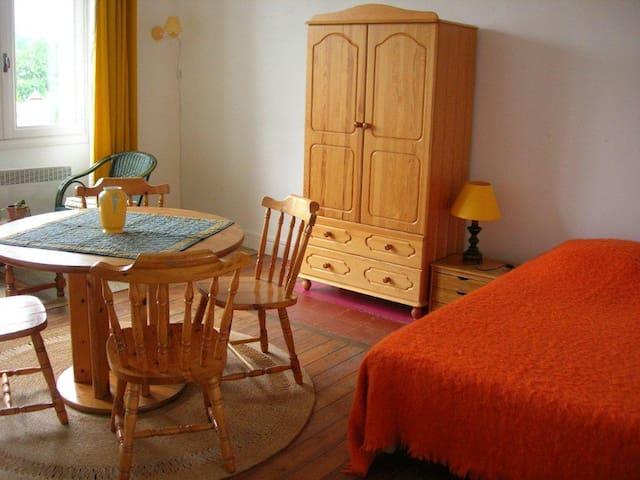 Calm lodging in Drôme provençale