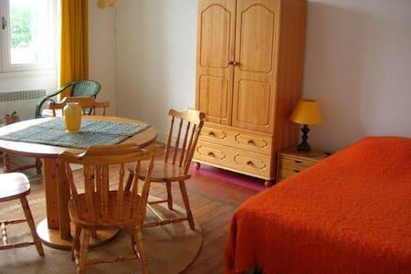 Calm lodging in Drôme provençale - Dieulefit - Pis