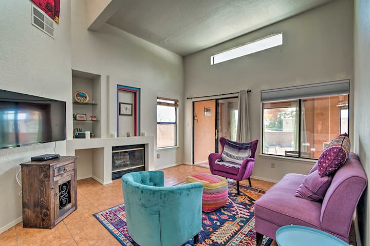 Las Cruces Home w/ Patio - 4 Mi. to Downtown!