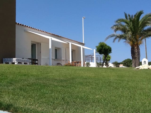 A pochi passi dalla spiaggia - Santa Teresa Gallura - บ้าน
