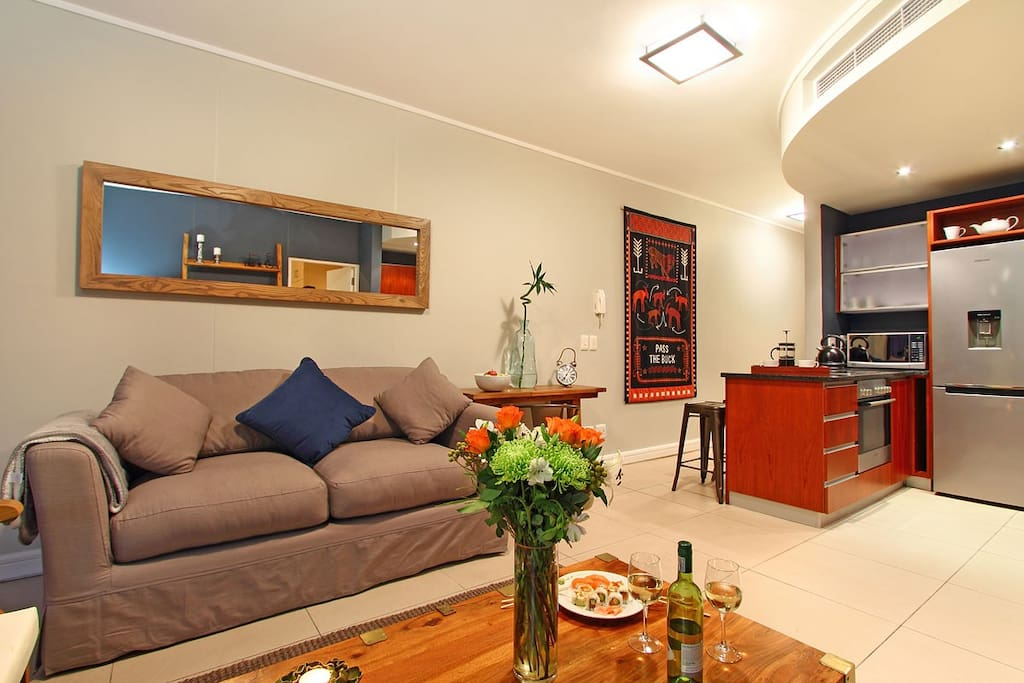 Rockwell 305 open-plan apartment