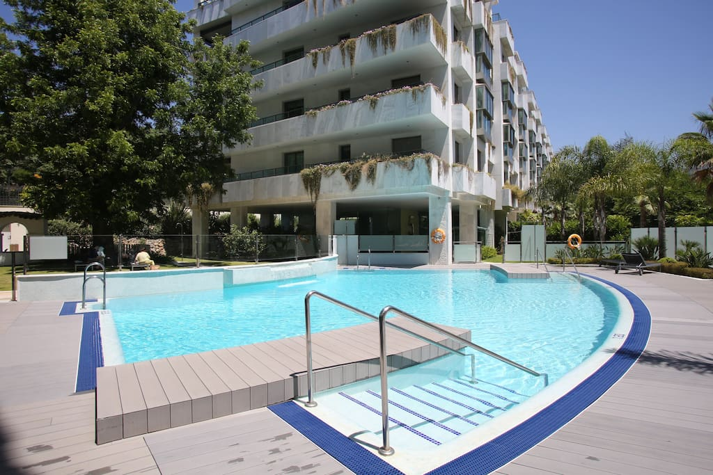 Jardines has a Beautiful Communal Pool and area with sunbeds so that you can totally relax during your stay.