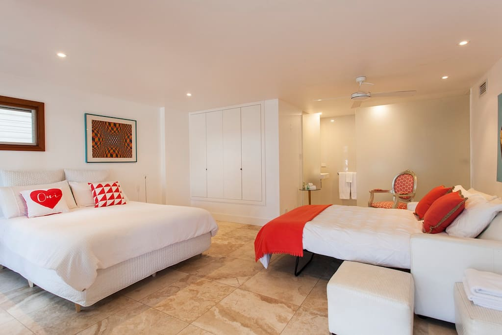 "The ""Beach Coral"" Suite with 2 bed configuration and ensuite"