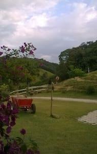 Vila Equestre - São Pedro de Alcântara