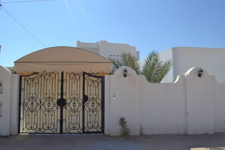 une petite maison à Djerba !