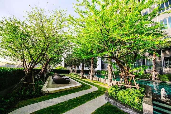 Perfect Private Greenery Stay - Near airport & BTS