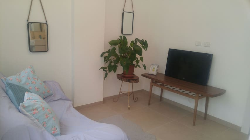 3 Bedrooms vacation apartment - Gesher HaZiv - Lägenhet