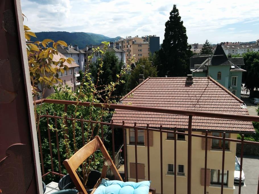 Balcon du séjour orienté sud-ouest
