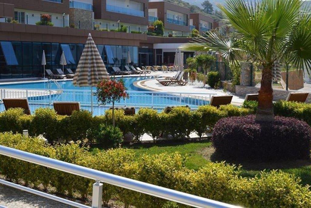 Granada Luxuri Residence